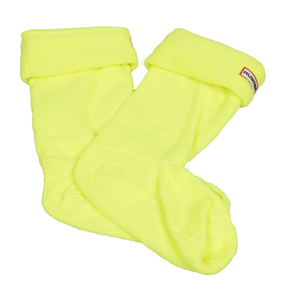 Hunter Neon Boot Socks are made from a soft, warm polyfleece with Hunter branding on the fold over cuff. Embrace your inner raver by adding a shocking neon colour to your festival outfit.