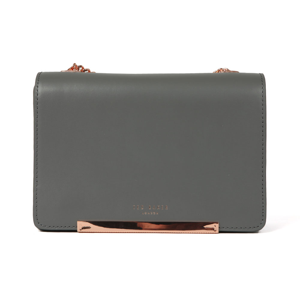 Ted Baker Earie Rainbow Gusset Cross Body Bag in 'grey' has been crafted from a luxurious leather composition and features contrasting silver & blue detail in a metallic foil finish to the side. A rose gold metal bar and simple Ted Baker London branding to the front add elegant detail and a detachable chain strap in rose gold metal finishes the look beautifully. Approx: H: 13cm x W: 20.5cm x D: 8.5cm