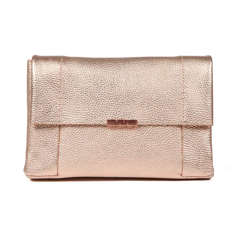 Ted Baker Parson Unlined Soft Leather Crossbody Bag In 'rose Gold' Has Been Crafted From A Soft, Textured Leather In A Striking Metallic Finish. Featuring A Magnetic Flap Closure, Rose Gold Hardware And Ted Baker Printed Branding, The Parsons Bag Can Be Worn As A Clutch Bag Or On The Shoulder Using The Detachable Chain Strap Provided. Approx: H: 16cm X W: 24cm X D: 6cm